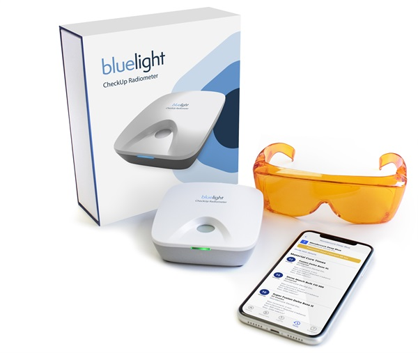 Bluelight Analytics Joins Forces with 3M Oral Care to Introduce Bluelight CheckUp