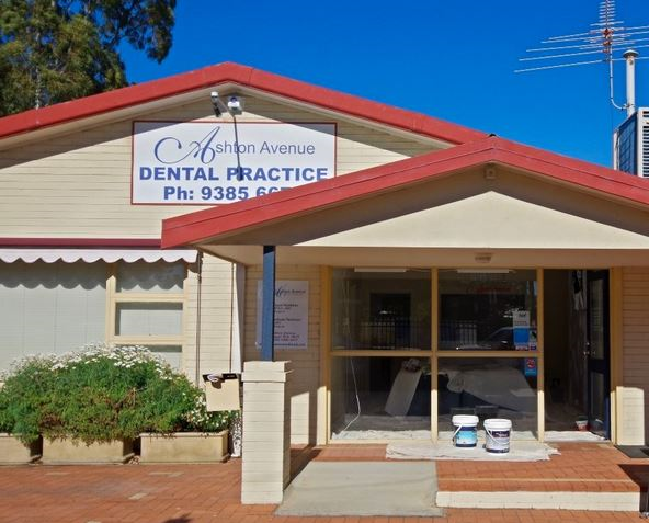 Choose dentist in Claremont for Improving Your Smile