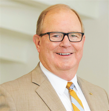 Q&A with the ADA Dentaltown editorial director  Dr. Thomas Giacobbi recently interviewed the American Dental Association's new president, Dr. Joseph P. Crowley. The conversation covered topics including licensure, advertising, specialty recognition and DSOs.
