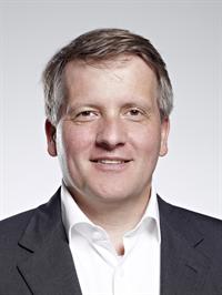 Dr. Jan Hajtó Aesthetic Criteria