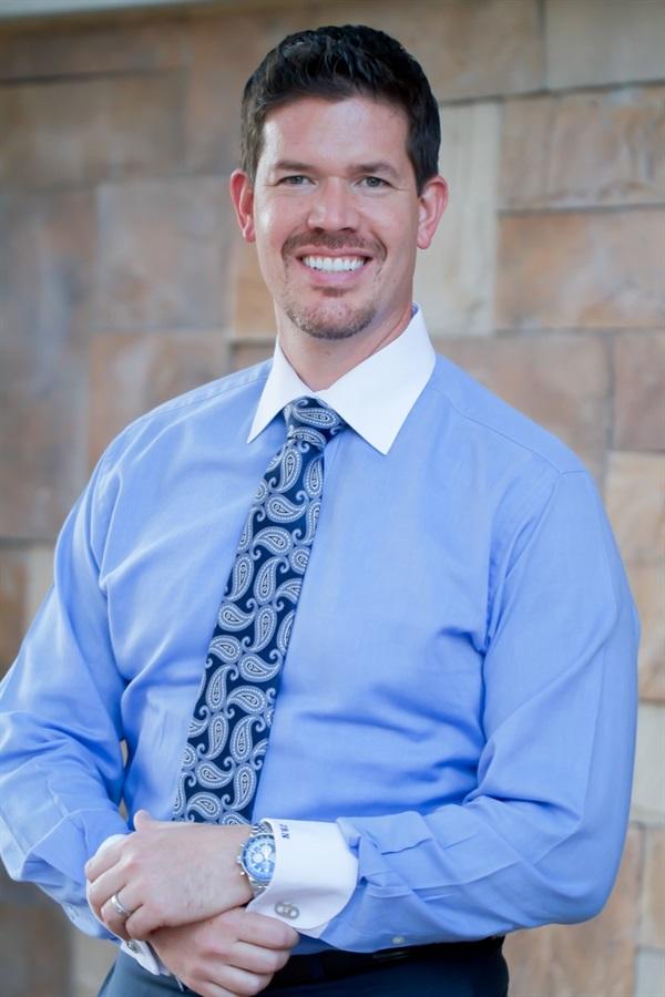 Dr. John Nosti Mastering Posterior Dentistry