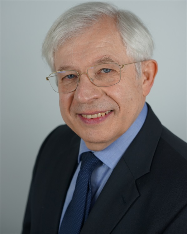 Dr. Liviu Steier Fluorescence Enhanced Theragnosis™
