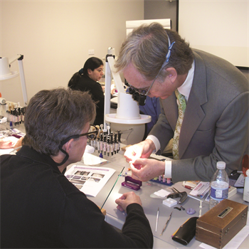 Cosmedent Announces New Spring CE Courses at Chicago Teaching Center