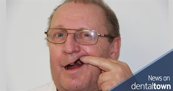NHS dentist search man pulls out own tooth after 18-month wait